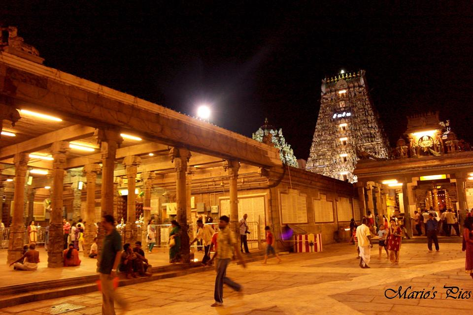 Kapalishwarar Temple During Diwali Time