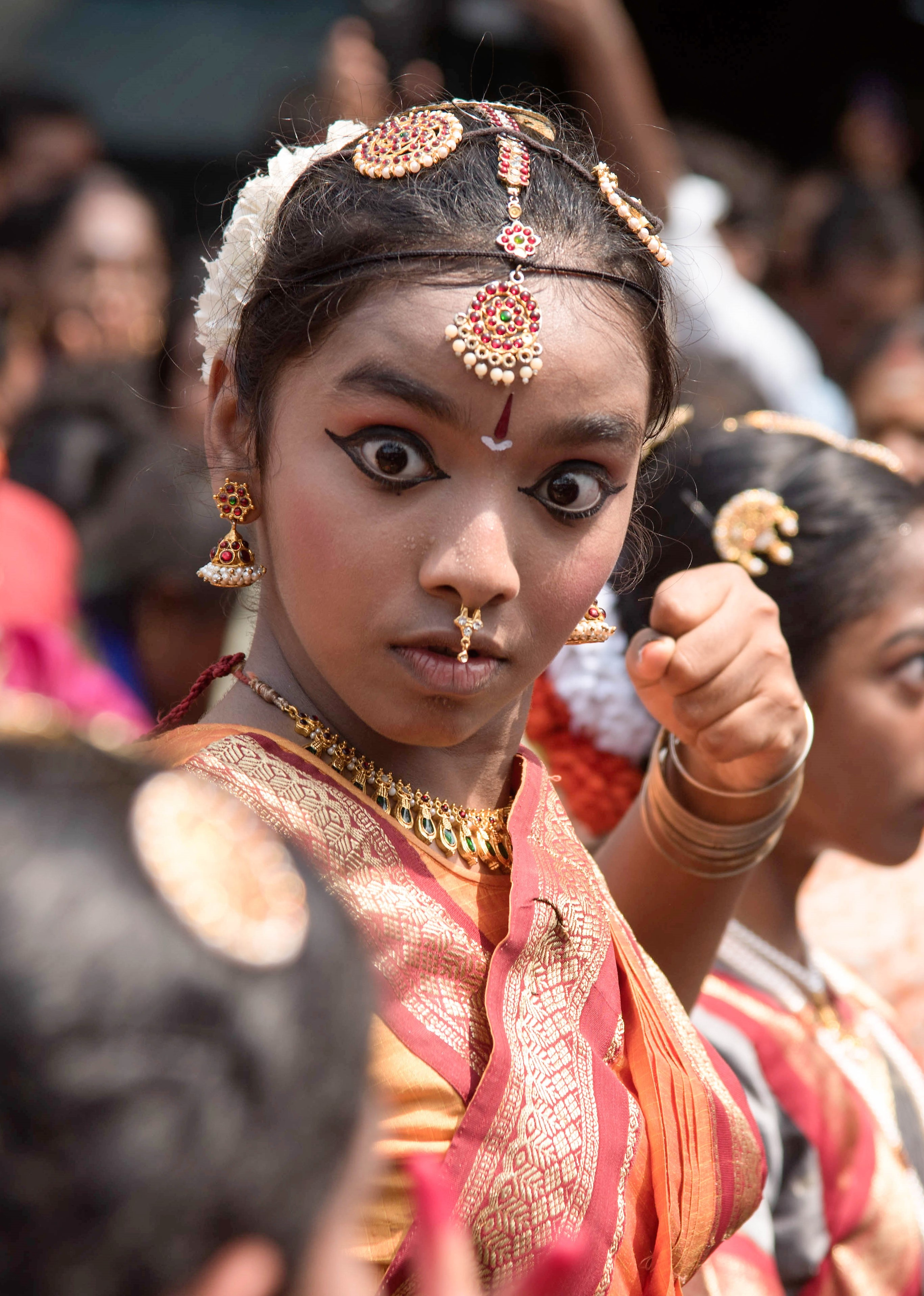 An angry dancer in Kapali Festival