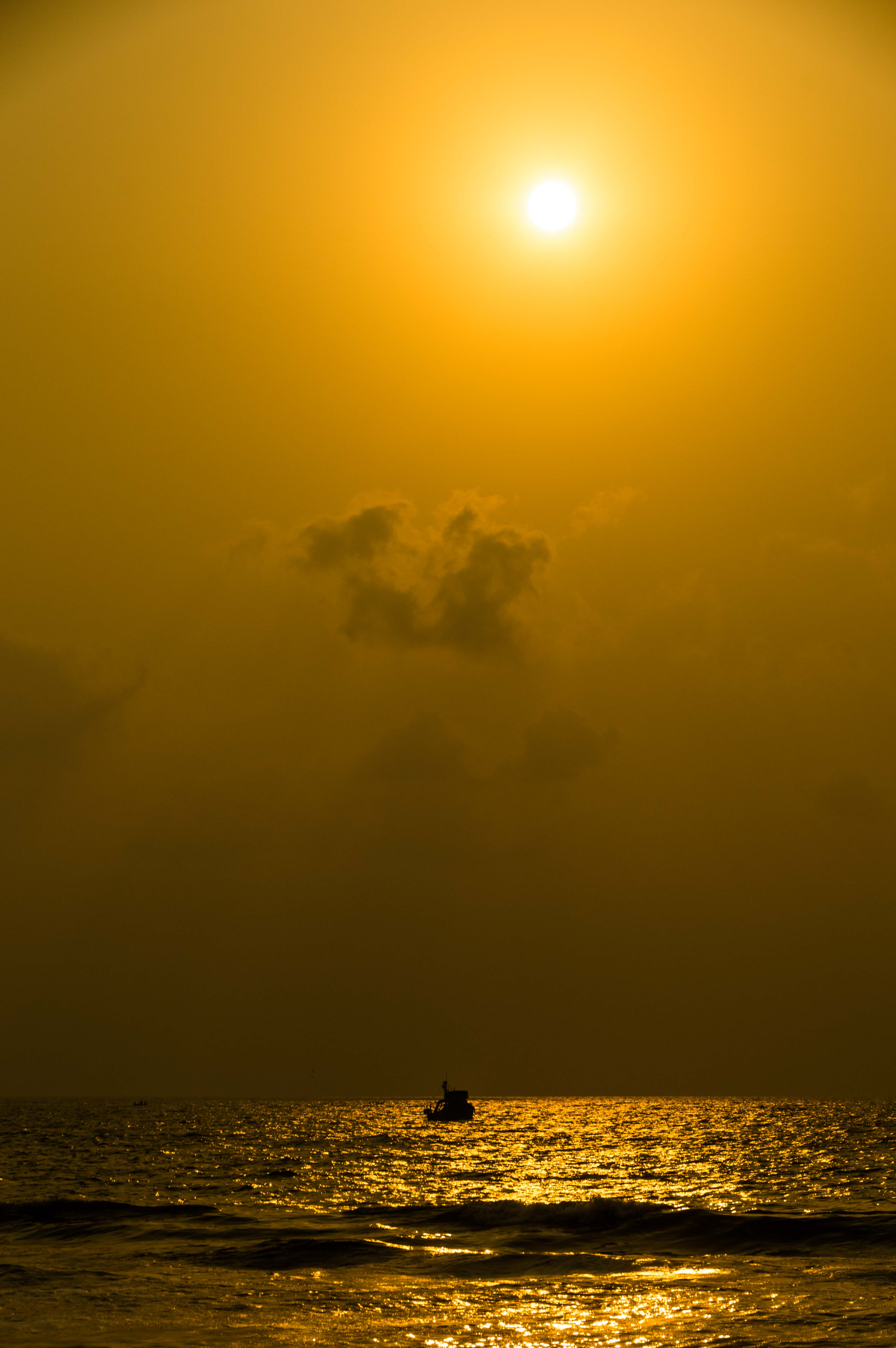 Golden Mornings of Chennai at Marina
